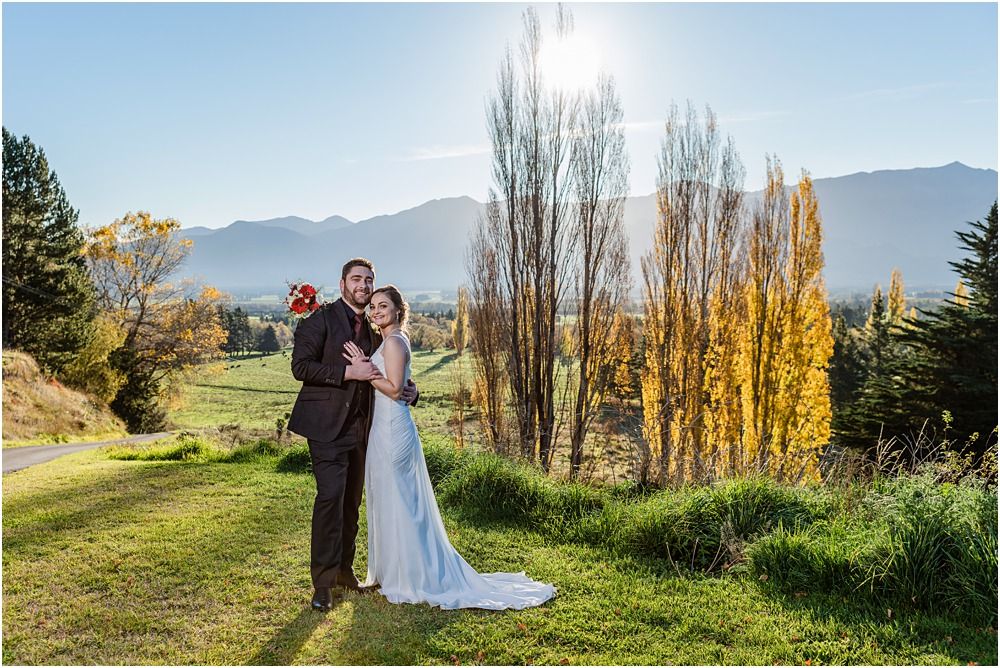 christchurch wedding photography photo of bride and groom with autumn colours in the background