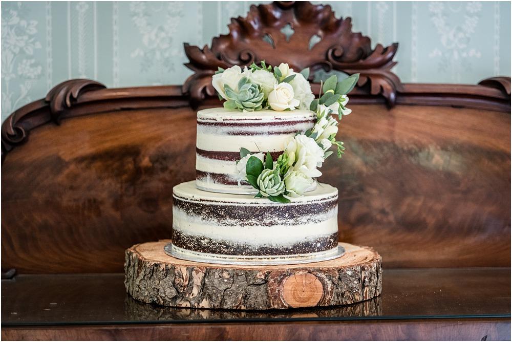 wedding cake at riccarton house